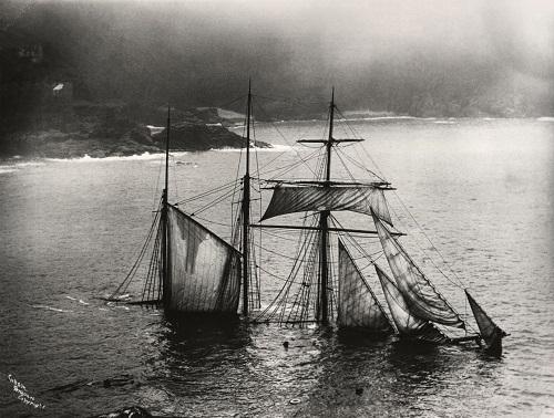 ghost_shipwreck